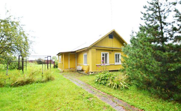 Деревянный дом на участке 15 соток в д.Козлово (10 км от Волоколамска)(БРОНЬ)